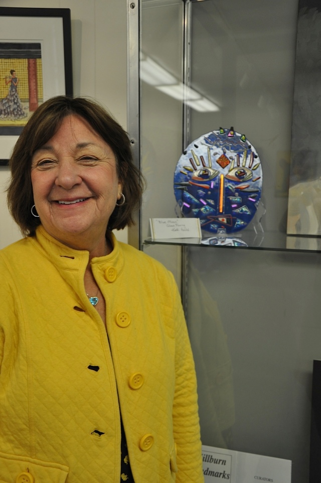 "Kathi Hecht and her glazed Art a Glass ""sun"""